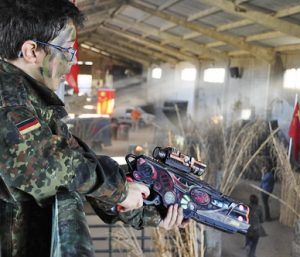 Campo indoor Call of Duty para Laser Tag Niños Madrid