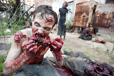 Halloween 2015 - Zombies War The Walking Dead Zombies